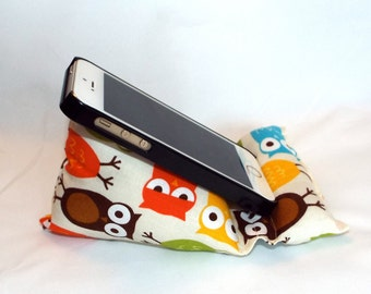 Smart Phone and iPod Pillow Stand in Urban Owl Fabric