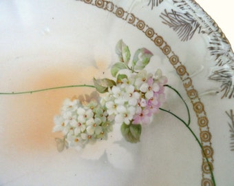 RPM Germany Serving Bowl White Hydrangeas Cream Satin Finish/Vintage  China