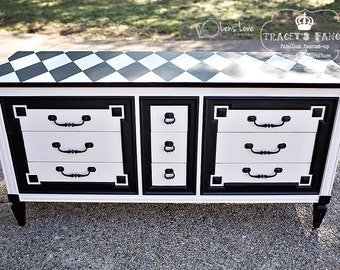 9-Drawer Victorian Style Dresser turned entertainment cabinet