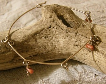 Vintage gold wire bracelet with branch coral charms/dangles