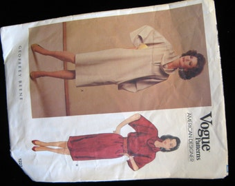"Vintage 80s Vogue American Designer Geoffrey Beene Loose-fitting, Straight Dress Pattern, Size 14, 36"" Bust"