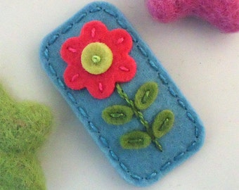 Felt hair clip -No slip -Wool felt -Coral red flower -aqua