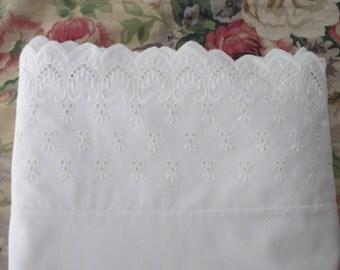 vintage twin flat SHEET-cotton, eyelet, Wamsutta