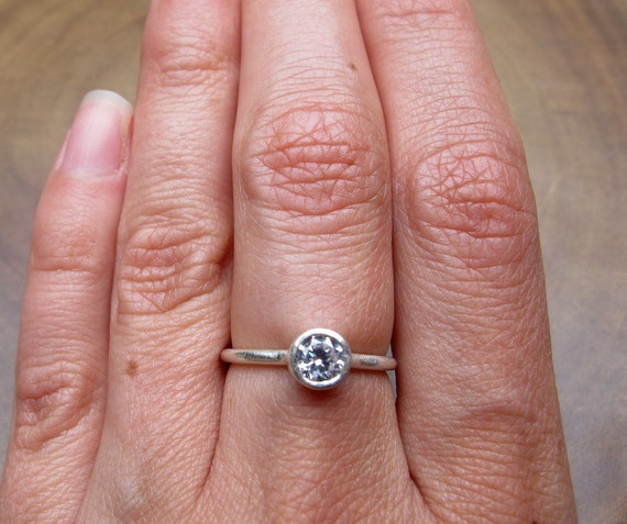 cubic zirconia in sterling silver band