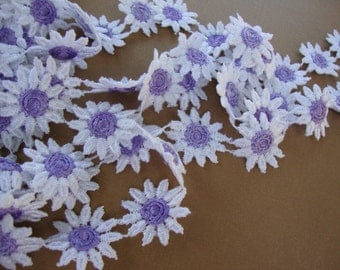 "1"" wide ( about 32 Daisies per yard ) lilac on white cotton Venice lace daisy trim S120"