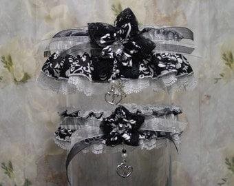 Black and White Floral Garter Set