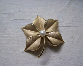 CLEARANCE Gold Pearl CR Textured Brooch