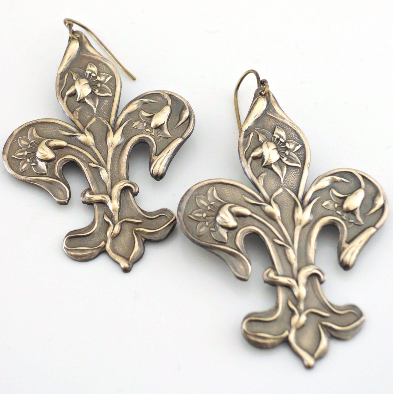 Vintage Earrings French Jewelry Fleur de Lis Jewelry