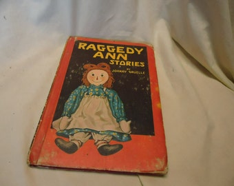 Vintage 1961 Raggedy Ann Stories Hardback Book by Johnny Gruelle, collectable