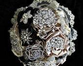 Brooch bouquet in black  & Champagne  brooch bridal bouquet,  bridal wedding brooch bouquet