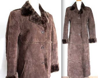 Vintage 1970's Coat // 70s Women's Dark Brown Suede Winter Coat with Faux Fur Trim // Boho