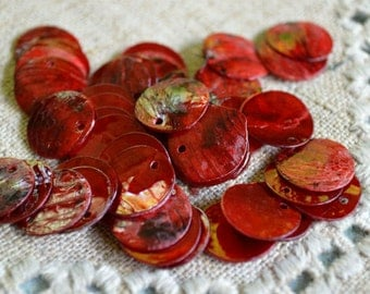 100pcs Mussel Shell Pendant Natural Drop 15mm Round Dark Red
