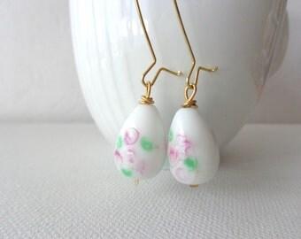 White drop earrings, dangle earrings, romantic earrings