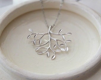 Tree Pendant Necklace, Tree Branch Necklace, Tree of Life Necklace in Silver, Branch Leaf Necklace, Silver Leafy Tree Branch Necklace