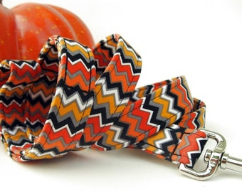 Halloween Zig Zag Dog Leash in Orange Black Gold