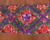 """ON SALE! Quilted Table Runner """"Tulip Garden""""  in Fern Green, Lavender, Scarlet and Tangerine"""