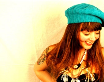 Vintage 1980s AQUA Beret in Acrylic Sweater Knit