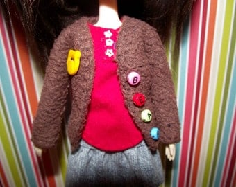 Brown fuzzy fluffy cardigan sweater with BEAR buttons for Pullip