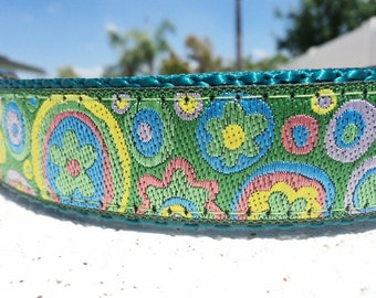 "Sale Dog Collar Flowers & Circles 1"" wide Quick Release buckle adjustable - martingale style is cost upgrade"