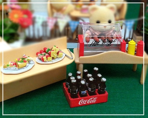 1 12 dollhouse miniature hotdog party set bottle soda by beadspage. Black Bedroom Furniture Sets. Home Design Ideas