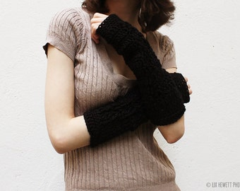 extra soft black fingerless gloves with cable decoration