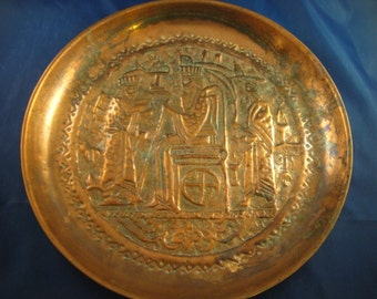 Copper Plate Hammered Design Three Men King Royalty