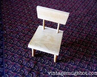 """Vintage Strombecker Mid Century Doll Furniture Chair 5 1/2"""""""