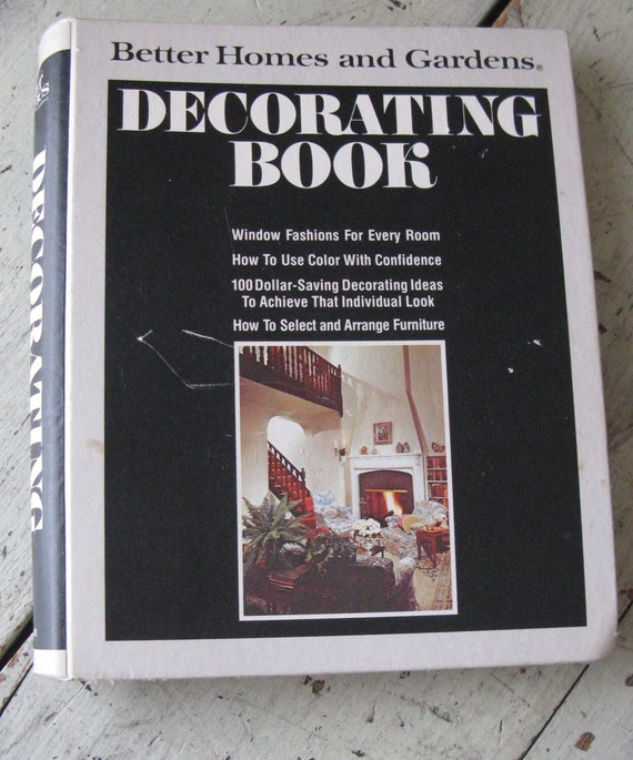 Better Homes And Gardens Decorating Books 1970s Era Ring