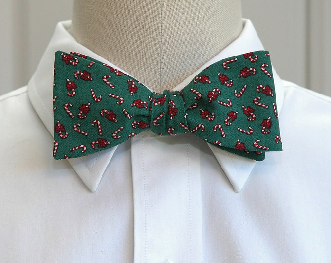 Men's Bow Tie, Christmas green with candy canes, forest green bow tie, holiday bow tie, holiday gift, Christmas bow tie, candy cane bow tie