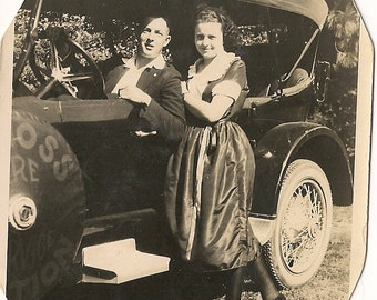 Antique Photo Vintage Car Gatsby Era   Man Woman - Antique Auto