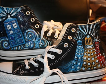 Doctor WHO Handpainted Shoes Don't Blink Dalek Allons Y FOUR PAINTINGS Tardis Van Gogh Sonic Screwdriver