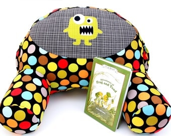 Quiet Time Reading Pillow Sewing Pattern - A Comfy Reading Spot for Kids - Instant Download