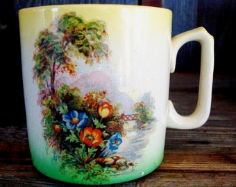 Vintage CANADA SOUVENIR MUG, Made In England, China Mug, Gorgeous Scenic Painting, Yellow & Green Shading, Leamington Ontario Canada Memento