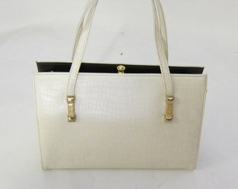 Vintage 60's Mastercraft Embossed Leather Kelly Bag