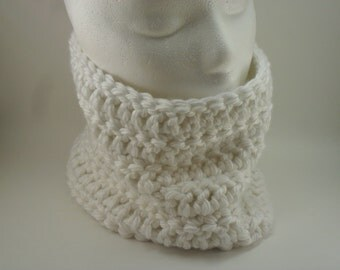 Classic Chunky Cowl - New York White Snow Icing 2014 Fall Autumn Winter Fashion