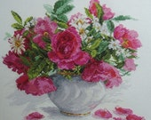 """NEW Unopened Counted Cross Stitch Kit. """"Blooming garden. Roses and daisies. """" ALISA"""