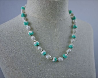 Plastic White and Seafoam Beaded Necklace