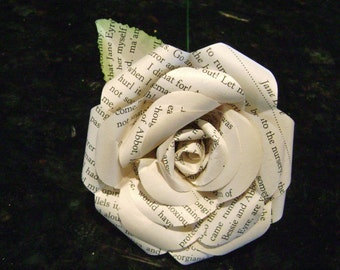 book page  Jane Eyre paper flower rose recycled Charolotte Bronte wedding bouquet bridesmaid decoration