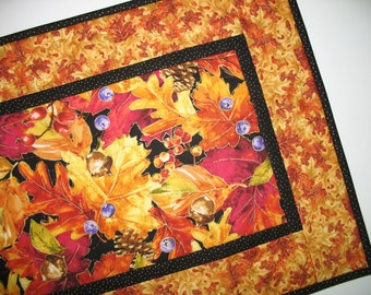 Autumn Table Runner Fall Leaves fabric from P & B and Hoffman