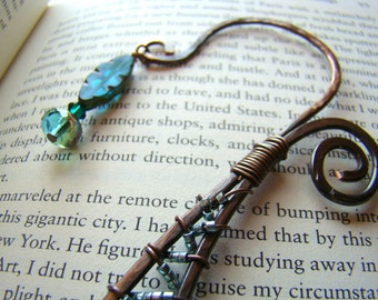 Rustic Wire Bookmark // Copper Bookmark with Teal Green Beads // Beaded Bookmark // Czech glass and Swarovski crystal - GF0003