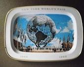 Lithograph tin, Vintage New York City, .Souvenir,  Worlds Fair, tip tray, catchall tray