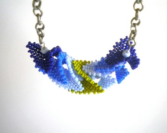 Arrowhead Necklace - Peyote Stitch Beadwork Jewelry