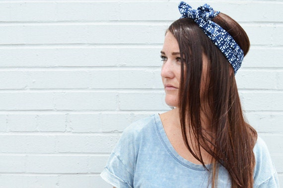 Twist Hair Scarf - Screenprinted Wire Headband - White on Navy