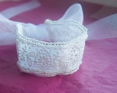 mini lace bracelet, white antique lace wrist wrap, lace and ribbon wristlet
