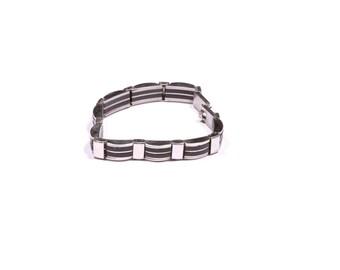 Rebel Behavior steel bracelet
