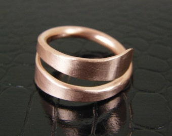 Hammered Copper Ring Mens or Womens, Bare Copper Wire Ring, Made to Order Ring