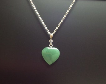 Green Aventurine gemstone heart pendant, Sterling silver filled chain - Good luck necklace - Free shipping to Canada & USA