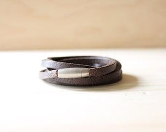 Vintage Style Leather Wrap Bracelet(Dark Brown)