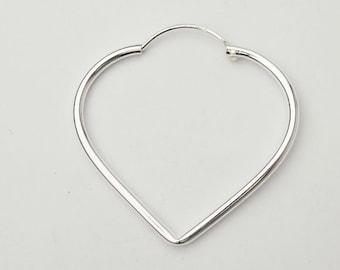 1 pair of 925 Sterling Silver Heart  Hoop Earrings 29x32mm. :er0531