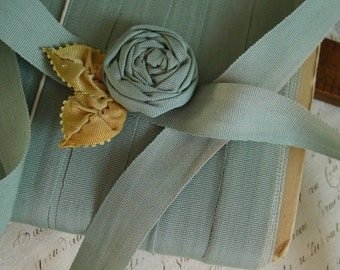 AnTiQuE early 1900s GoRgEoUs DUSTY BLUE GREEN silk blend ribbon Item #29, 2 yards